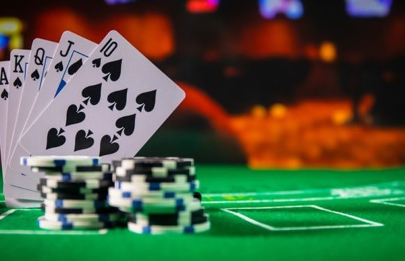 Why is it feasible to play at the online casinos?