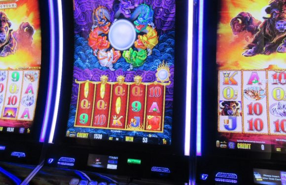 How are slot games creating curiosity among gaming individuals?